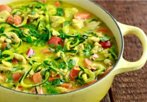 Zucchini Noodles with Chicken Curry