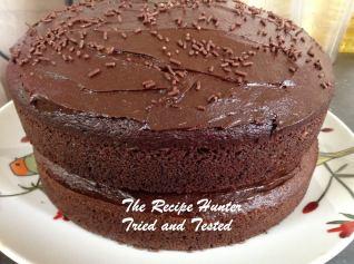 TRH Avocado chocolate cake with avocado frosting1