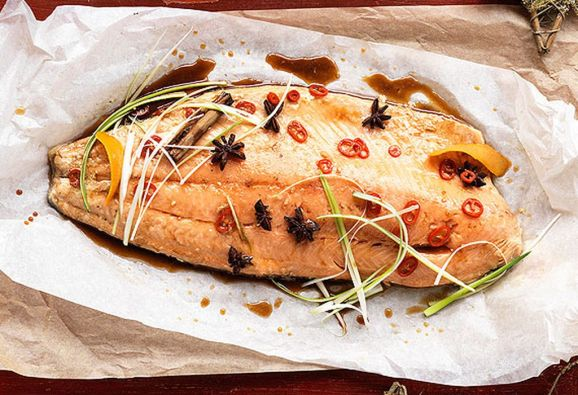 Salmon fillet with Asian flavours