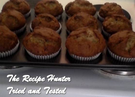 trh-kitchen-ba%e2%80%8es-banana-and-walnut-muffins