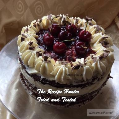 trh-preshanas-naked-blackforest-cake