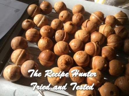 trh-ess-cinnamon-glazed-donut-holes3