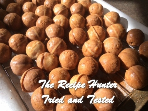 trh-ess-cinnamon-glazed-donut-holes4