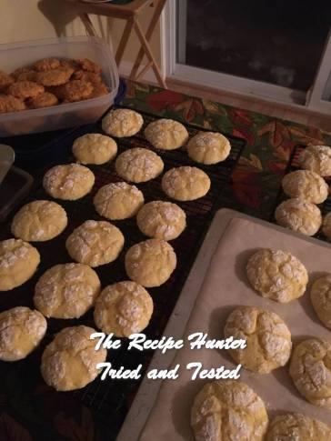 trh-monas-lemon-crinkle-cookies