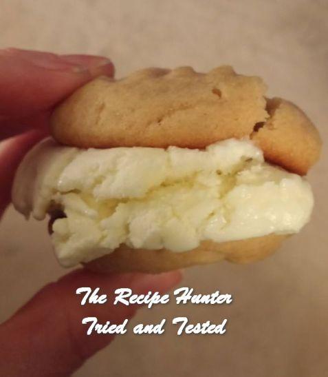 trh-corleas-peanut-butter-ice-cream-sandwiches