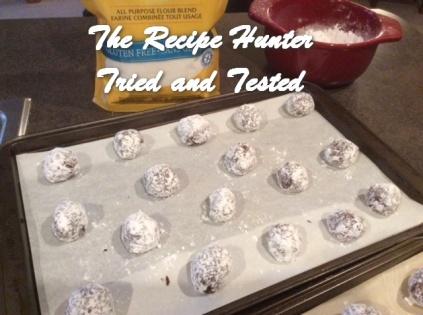 TRH Es's Gluten Free Chocolate Crinkle Cookies