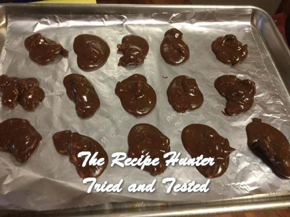 TRH Mona's Chocolate Pralines