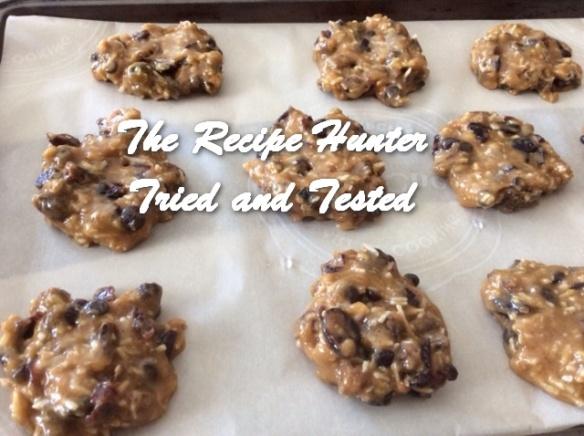 TRH Es's Flourless Gigantic Peanut Butter Cookies