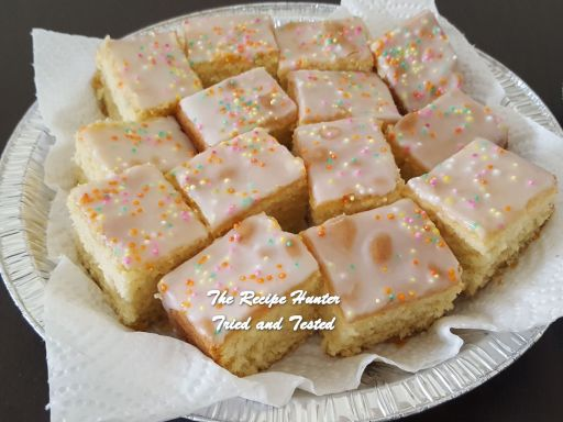 TRH Vashnee's Vanilla Sponge Cake
