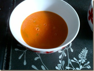 roasted-tomato-soup-with-basil_thumb